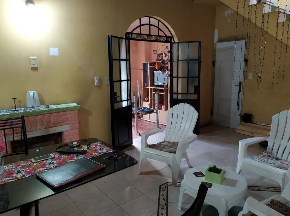 alquiler -- casa en city bell , 3 dormitorios