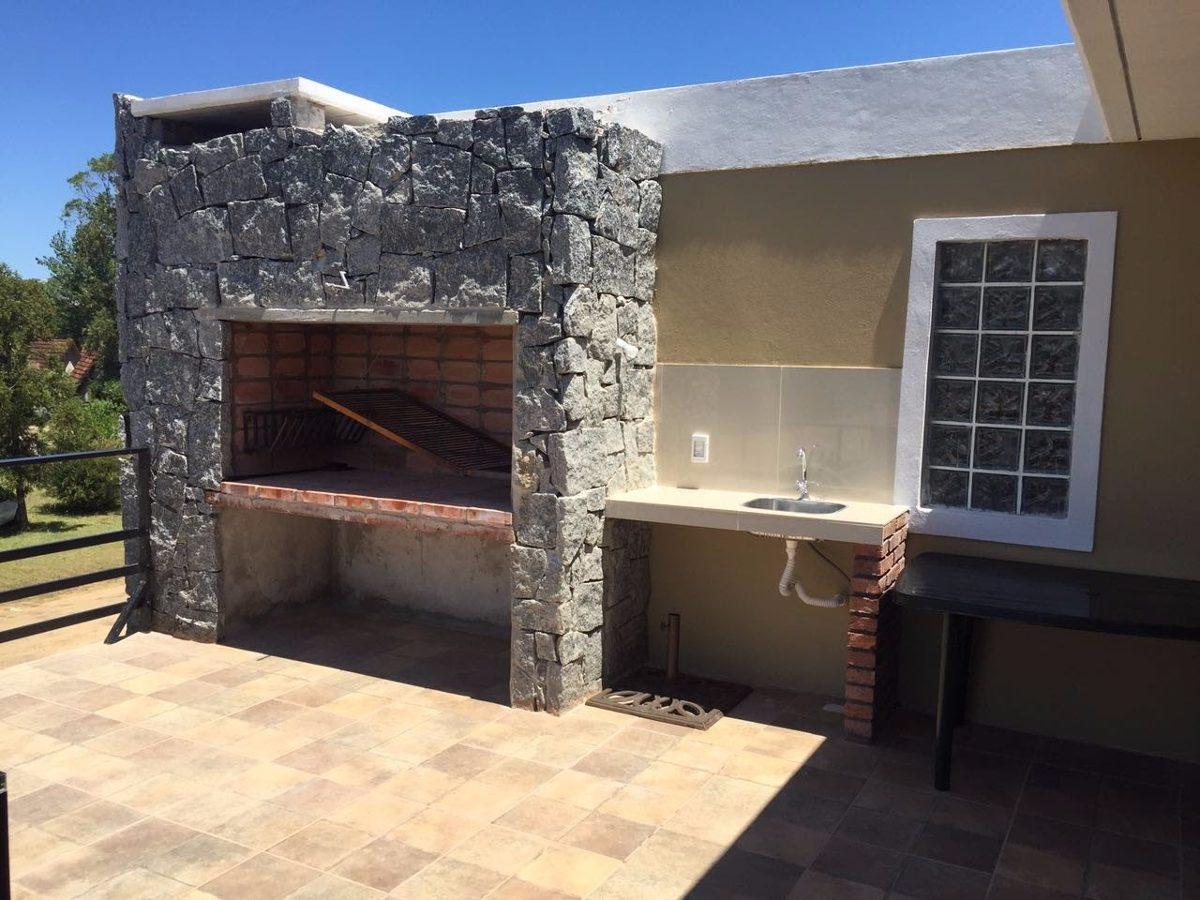 alquiler casa piriapolis, a estrenar , 4 c/playa , excelente