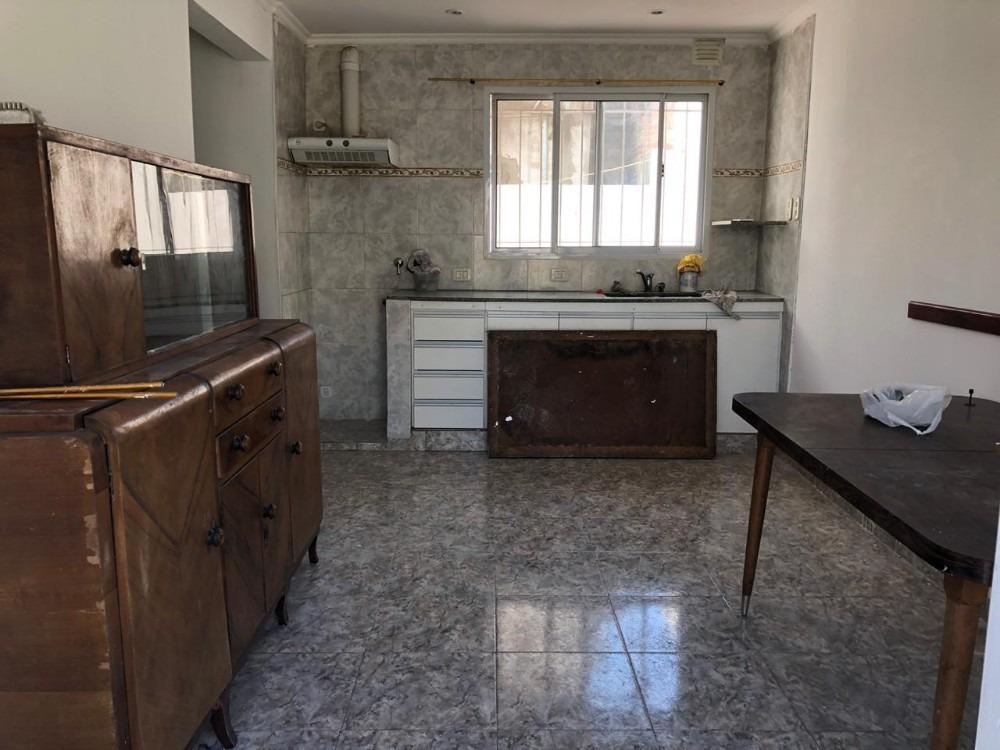 alquiler casa planta baja en quilmes oeste 2 ambientes