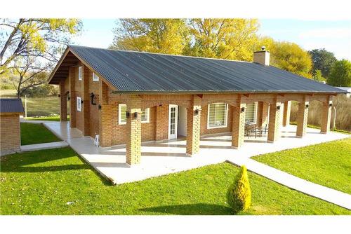 alquiler casa quinta con pileta en plottier