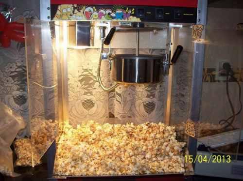 alquiler castillo inflable cama elástica copos de azúcar pop