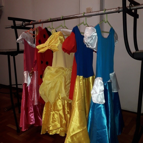 alquiler castillo inflable pelotero cama elastica disfraces