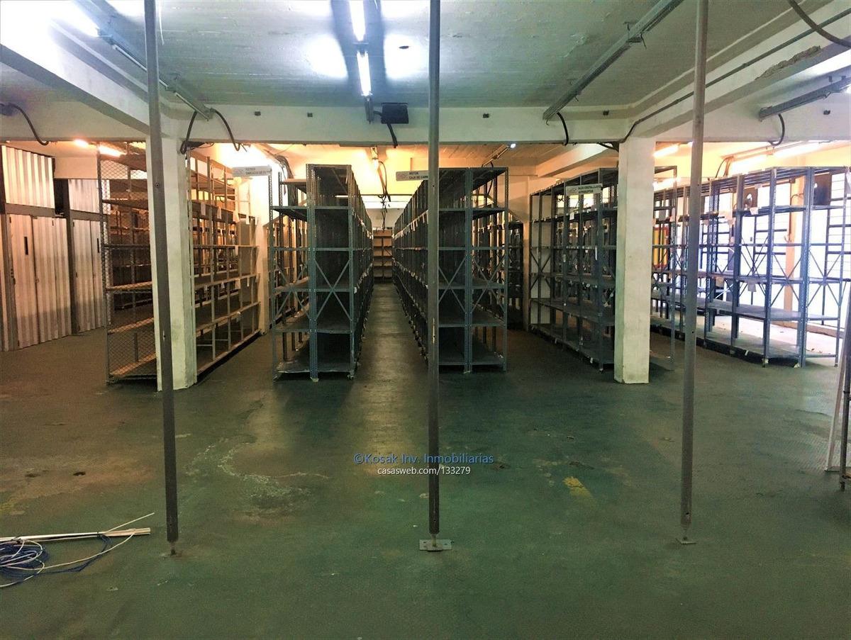 alquiler centro logístico en tres cruces
