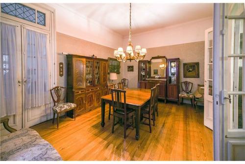 alquiler comercial de excelente casa antigua
