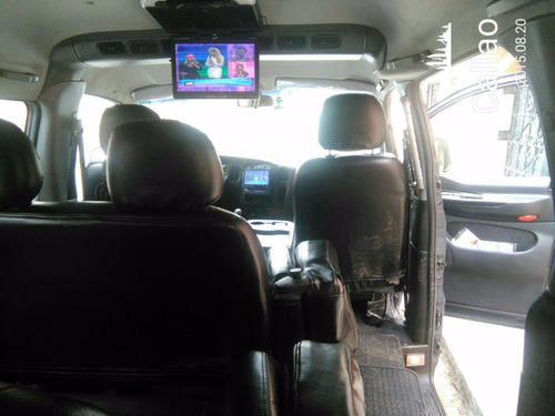 alquiler con chofer vans mini buses serv. turistico y ejecut