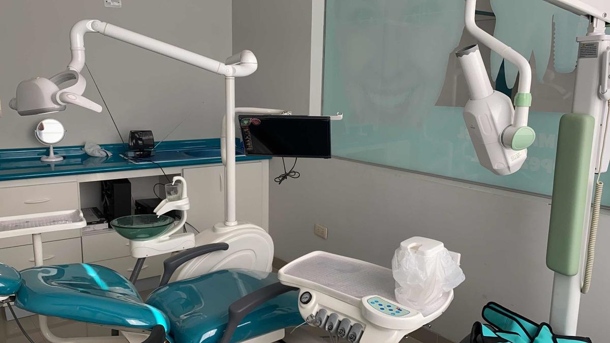 alquiler consultorio dental y medico