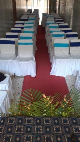 alquiler de alfombra roja tipo pasarela y equipos