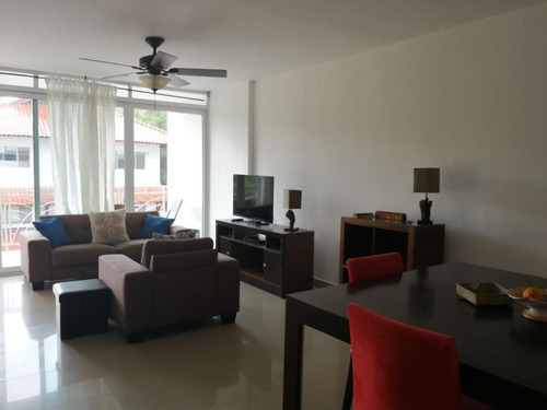 alquiler de apartamento en albrook 19-631 **hh**