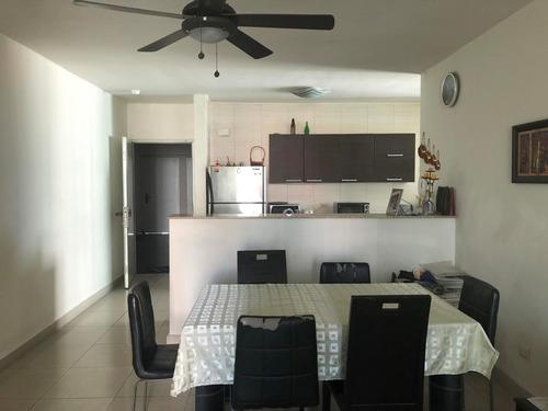 alquiler de apartamento en paitilla 18-8390 **hh**