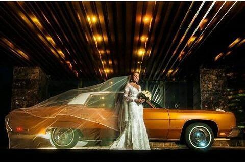 alquiler de autos clasicos con conductor para bodas  eventos