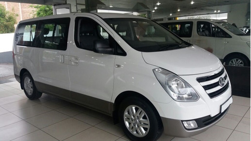 alquiler de autos y camionetas modernas