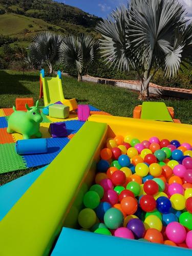 alquiler de baby gym y piscina de pelotas para eventos