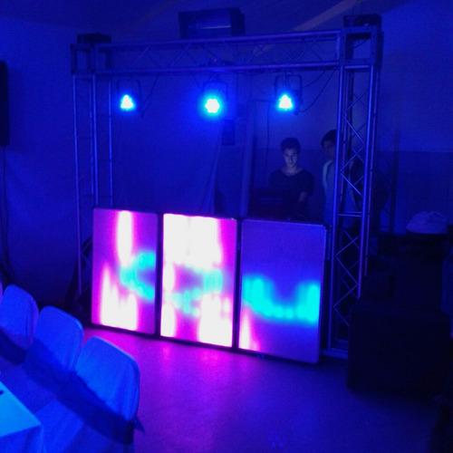 alquiler de cabinas led pixel//telon led//pista led rgbw.