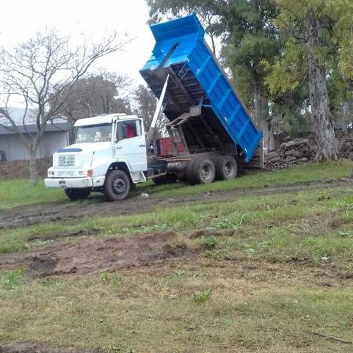 alquiler de camion volcador tatu 6x4 por dia / m3 / mes