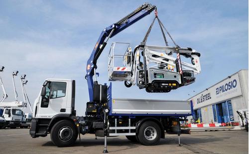 alquiler de camiones con hidrogruas grua pluma barquila