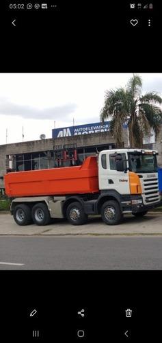 alquiler de camiones volcadores  8x4