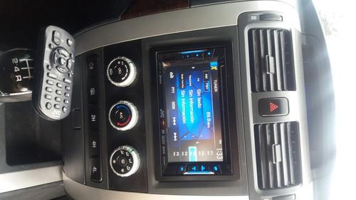 alquiler de camioneta 4x4 doble cabina con conductor