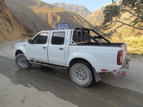 alquiler de camionetas 4x4 doble cabina