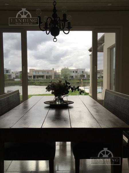 alquiler de casa en barrio náutico albanueva