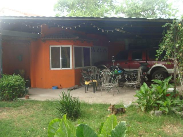 alquiler de casa en burzaco:barrio corimayo 3dorm