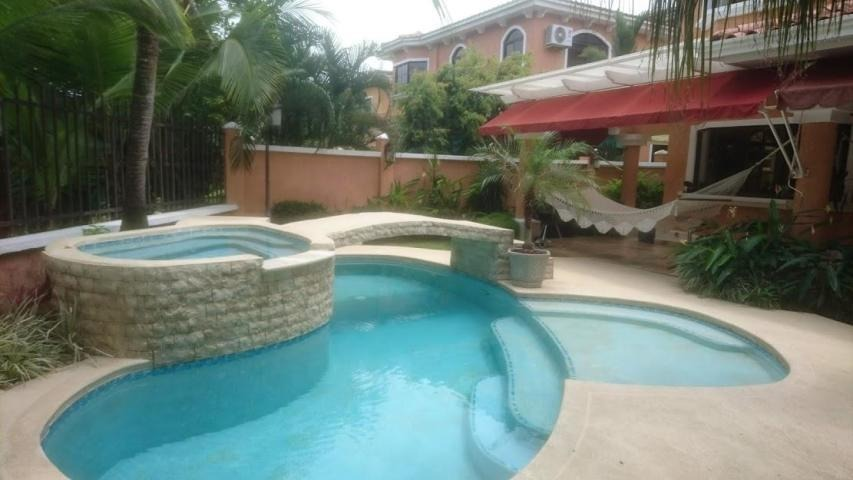 alquiler de casa en clayton  #19-7697hel**