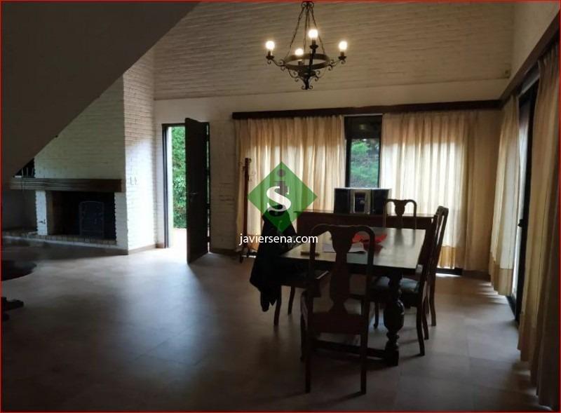 alquiler de casa en jardines de cordoba, 4 dormitorios, 3 baños, buena propiedad. - ref: 167502