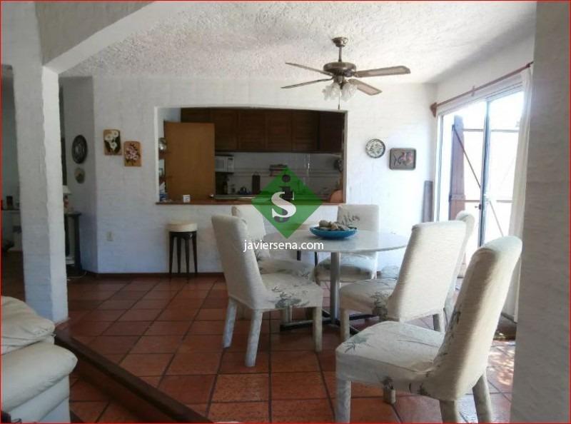 alquiler de casa en la mansa, 5 dormitorios, 5 baños, cerca del mar,.- ref: 167511