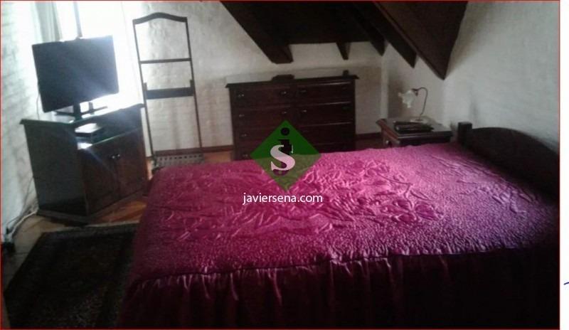 alquiler de casa en pinares, 5 dormitorios, 3 baños, buena casa. - ref: 167515