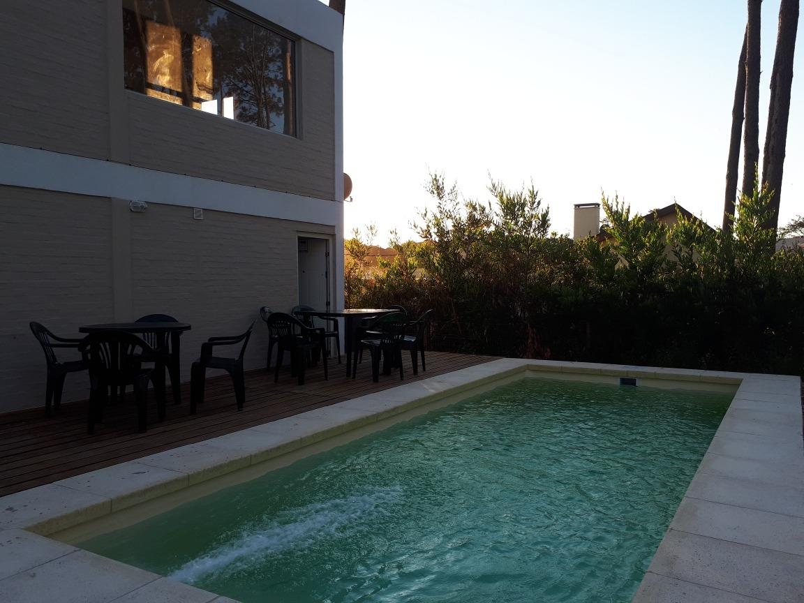 alquiler de casas en piriapolis con piscina