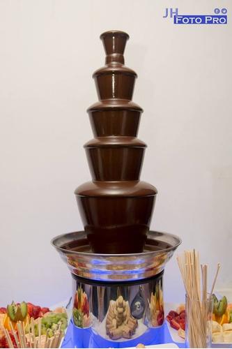 alquiler de cascada de chocolate luppi