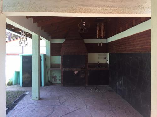 alquiler de chalet amplio y muy cómodo en villa gesell