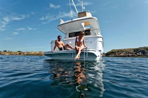 alquiler de cruceros/veleros/lanchas en barcelona ibiza