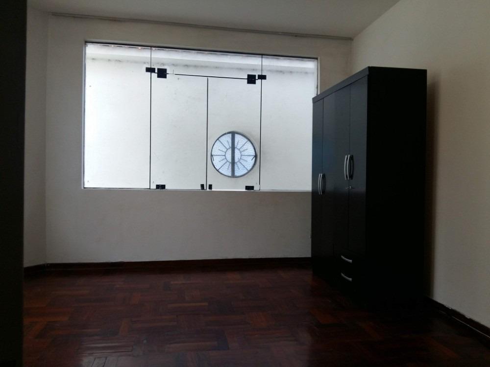 alquiler de cuartos en primer y segundo piso