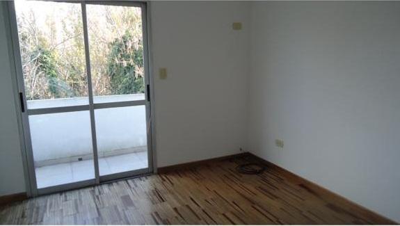 alquiler de departamento ph de 1 dormitorio en la plata