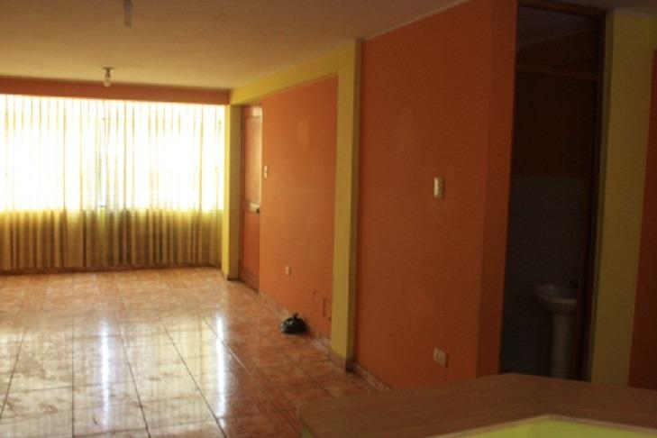 alquiler de departamentos en comas 2do y 4to piso