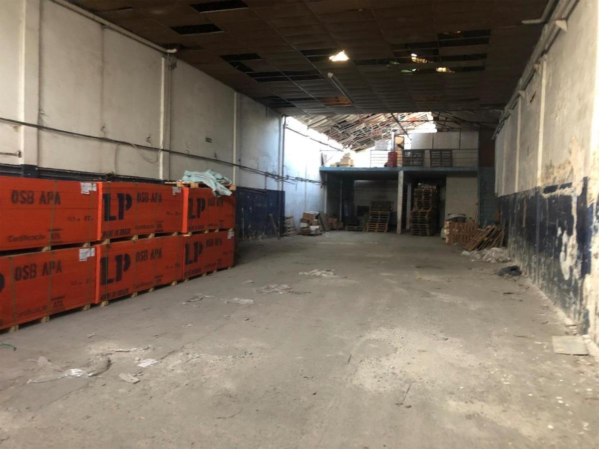 alquiler de deposito de 560 m2