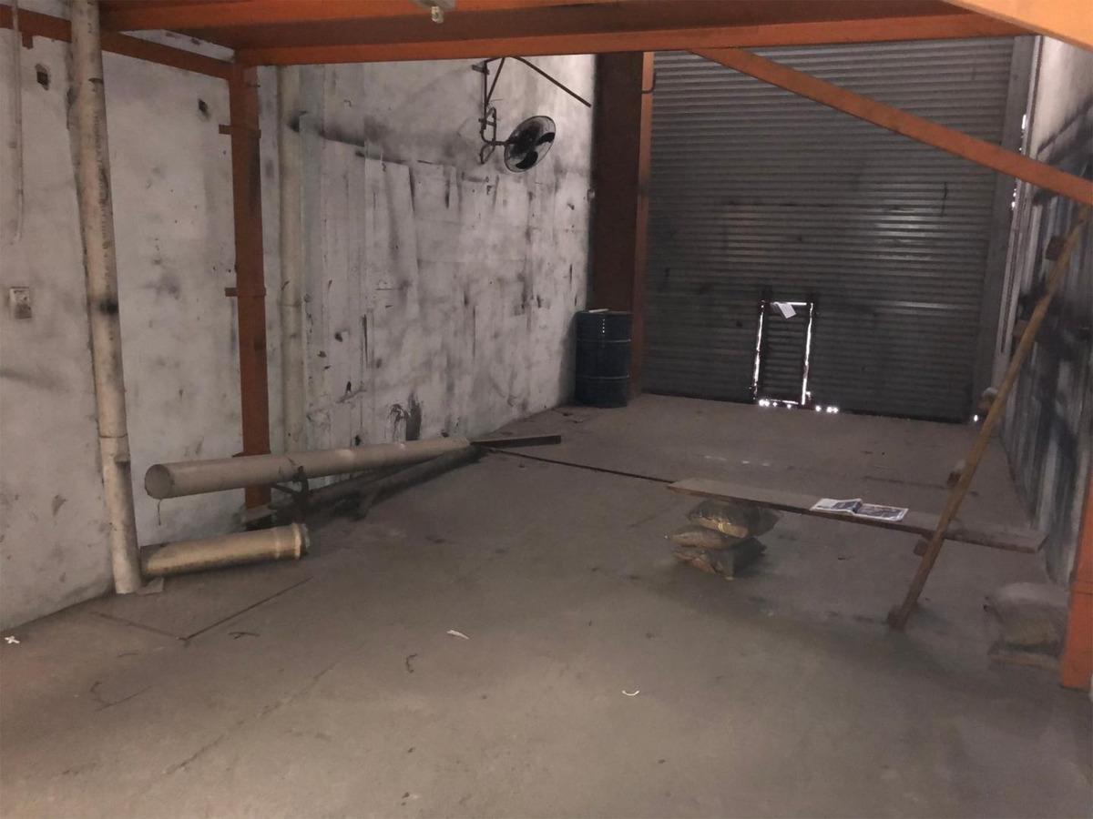 alquiler de deposito de 780 m2 en pompeya