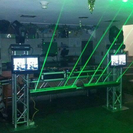 alquiler de discplay, miniteca, karaoke, dj, luces, animador