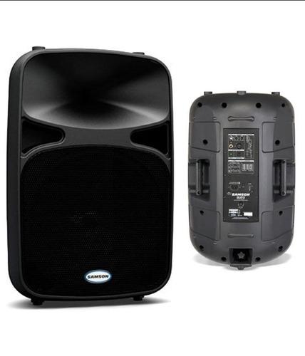 alquiler de equipo de audio con micrófonos inalámbricos.