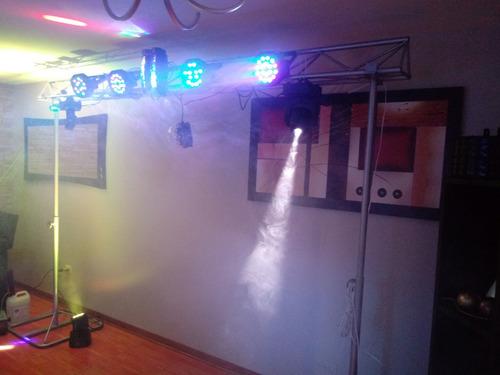 alquiler de equipo de sonido y luces.