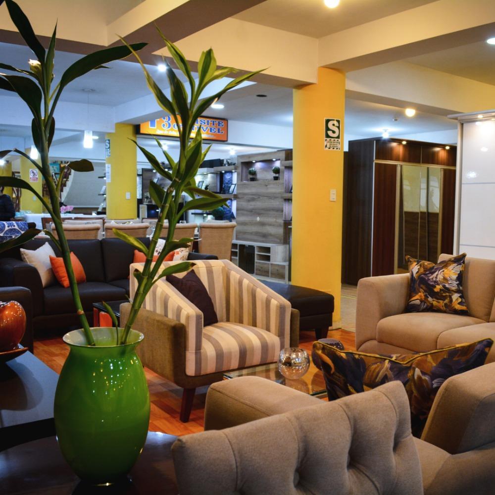 alquiler de espacios stands comerciales / exhibición muebles