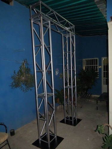 alquiler de estructuras, bases global truss, torres backing