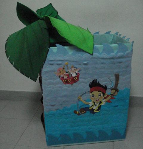 alquiler de figuras mdf y decoración jack el pirata