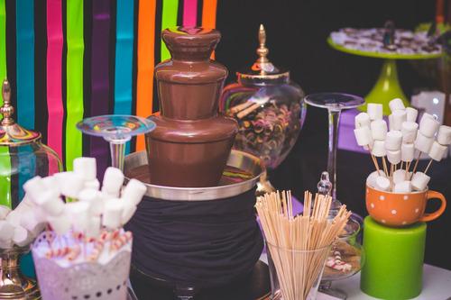 alquiler de fuentes y piletas  de chocolate seprha