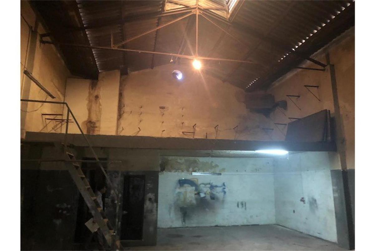 alquiler de galpon de 194 m2