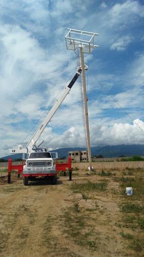 alquiler de grua telescopica de 18 toneladas