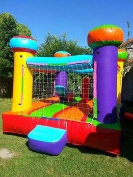 alquiler de inflables,metegol,pool,puf,livings,gazebo,luces