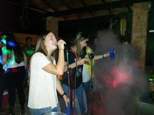 alquiler de karaoke en caracas, discplay, sonido, dj, luces.