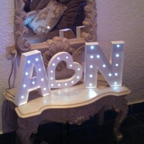 alquiler de letras iluminadas y candybar
