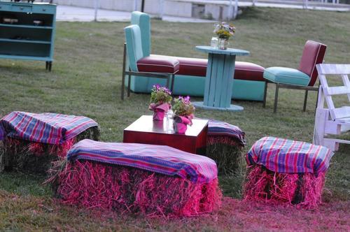 alquiler de living , sillas , mesas para eventos.